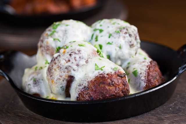 Meatball Skillet with White Sauce